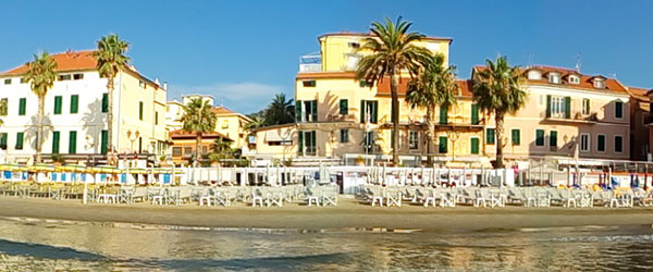 Alassio, la spiaggia dei Bagni Pierinella